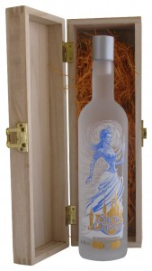 Single Wooden Pine Gift Box with Snow Queen Vodka, Russia