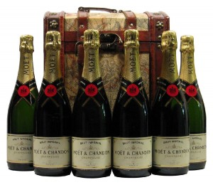 Six Bottles Moet et Chandon Brut Imperial Champagne in Captain Cook Wooden Wine Gift Box
