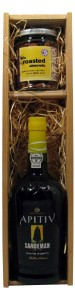 Sandemans White Port Apitiv & Roasted Almonds in Wooden Gift Box