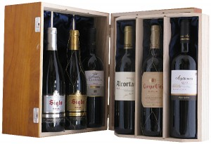 Six Bottle Wooden Wine Gift Box with Selection of Red Wines from Rioja Spain